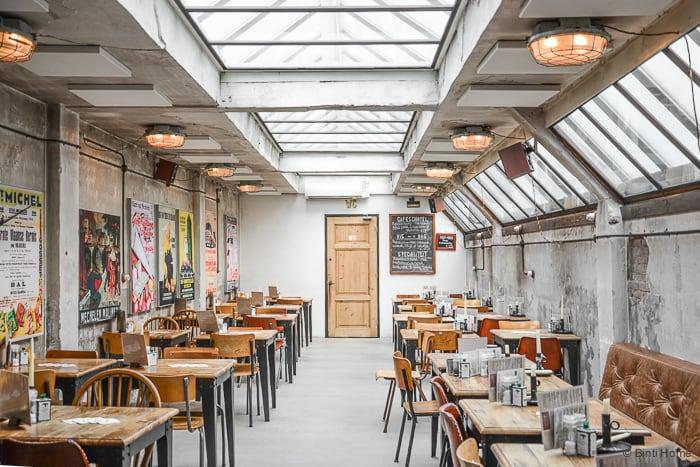 Een interview met Interior Junkie bij café Van Mechelen in Amsterdam