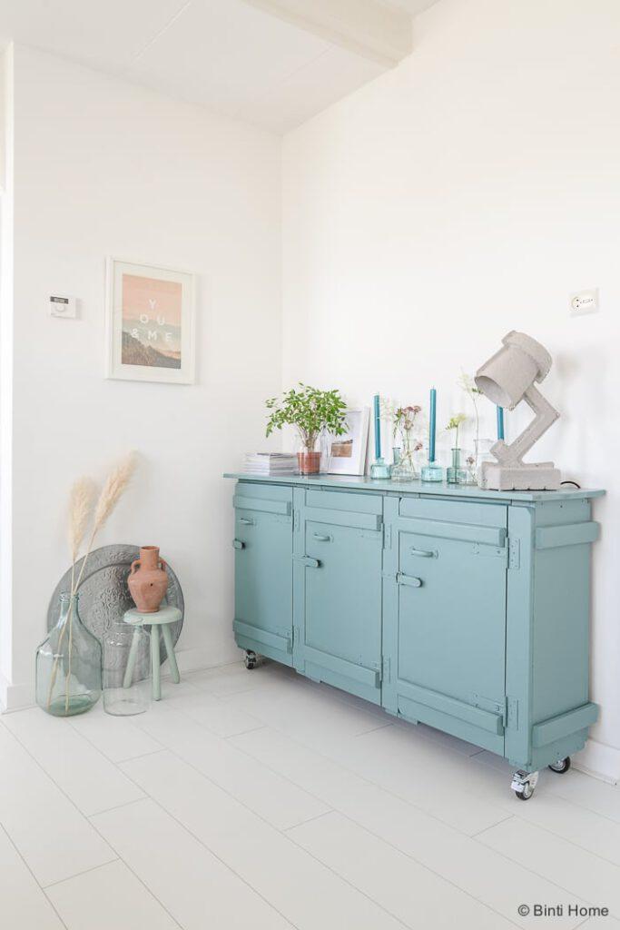 Stylingtip creatief met vazen in je interieur studio for Vazen hema