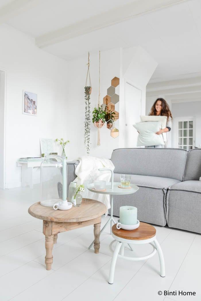 Stylingtip : De woonkamer inrichten met de kleur mint - Studio Binti ...
