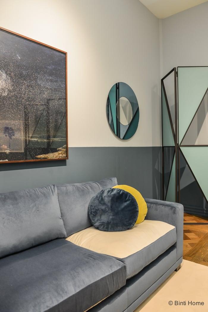 Salon Residence Singer Laren 2015 Framework studio blauwe bank © Binti Home Blog
