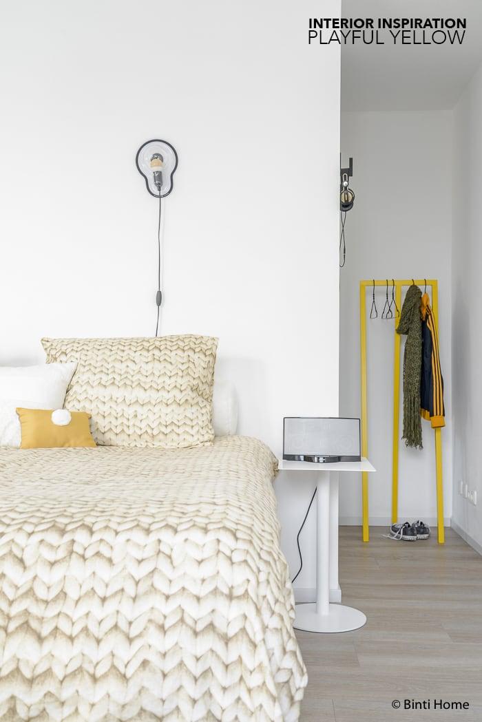 Binnenkijker interieurinspiratie playful yellow moderne slaapkamer Lydia ©BintiHome