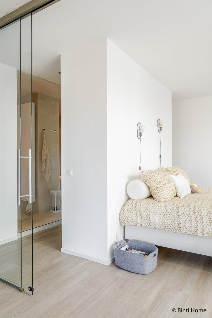 Binnenkijker interieurinspiratie moderne slaapkamer Lydia ©BintiHome