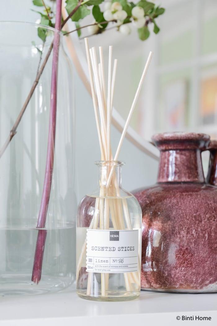 geurstokjes Hal styling wooninspiratie mintgroen en aubergine voor Hema Blog ©BintiHome