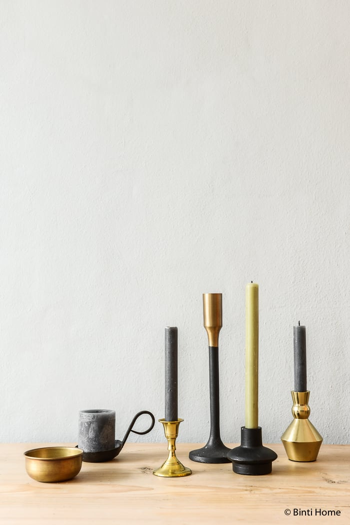 Kerststyling kandelaars op tafel zwart goud groen Stek magazine ©BintiHome