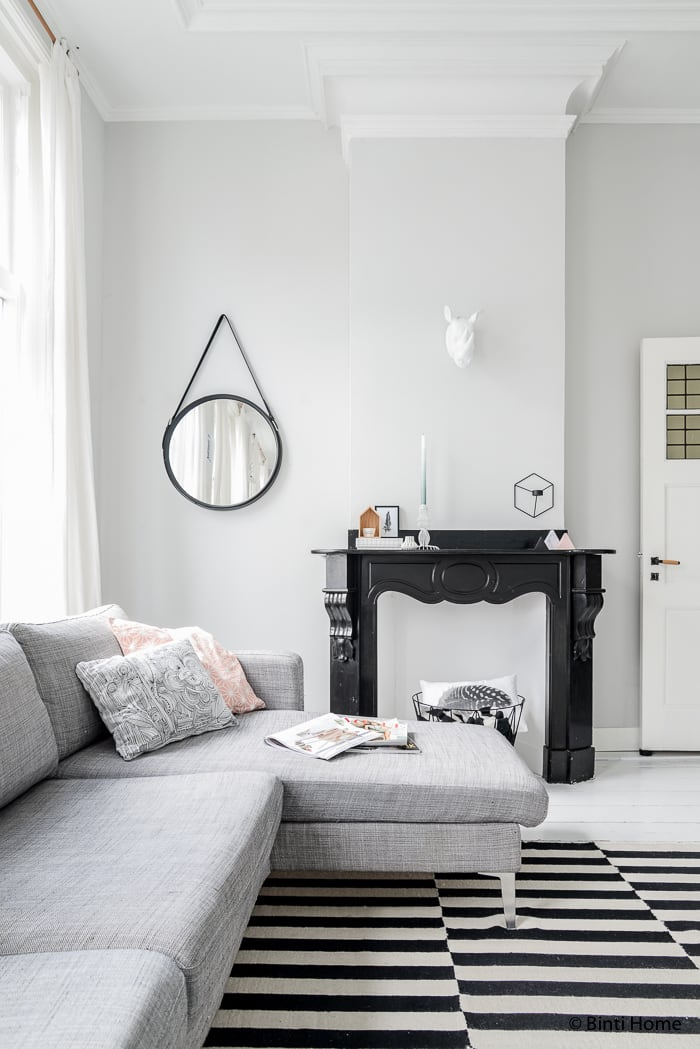 Black white livingroom and pastels styling livingroom ©BintiHome