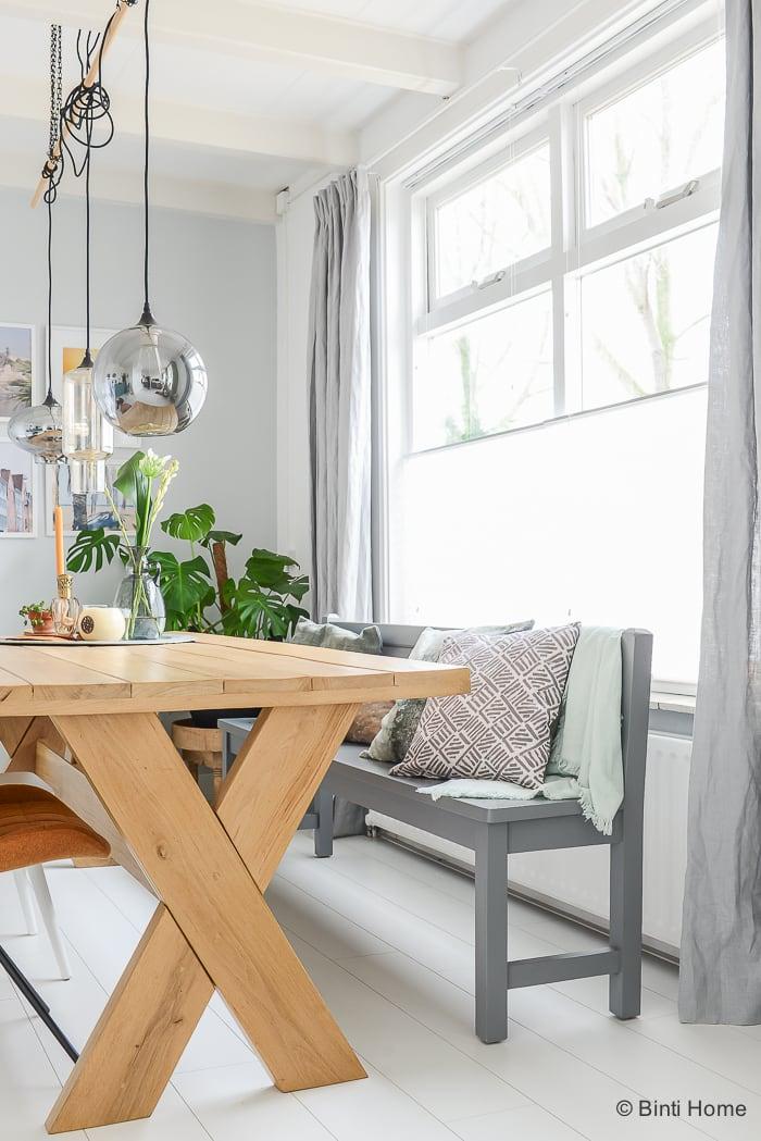 Interieurinspiratie kussen styling in de woonkamer ©BintiHome