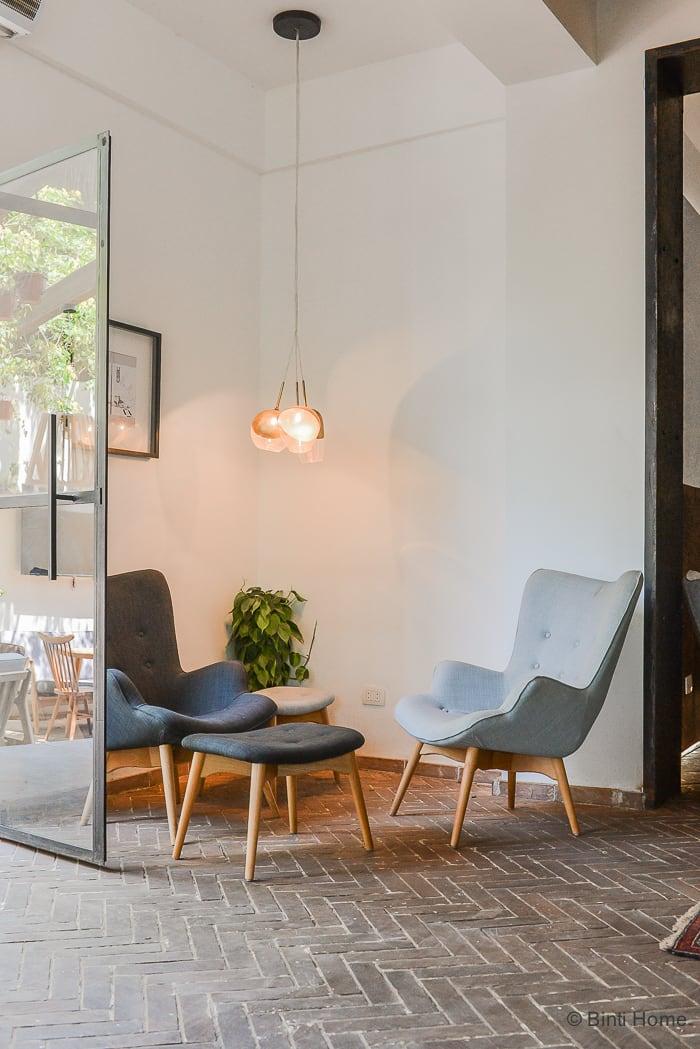 Interior inspiration restaurant Ampersand Zamalek Cairo Danish chairs ©BintiHome
