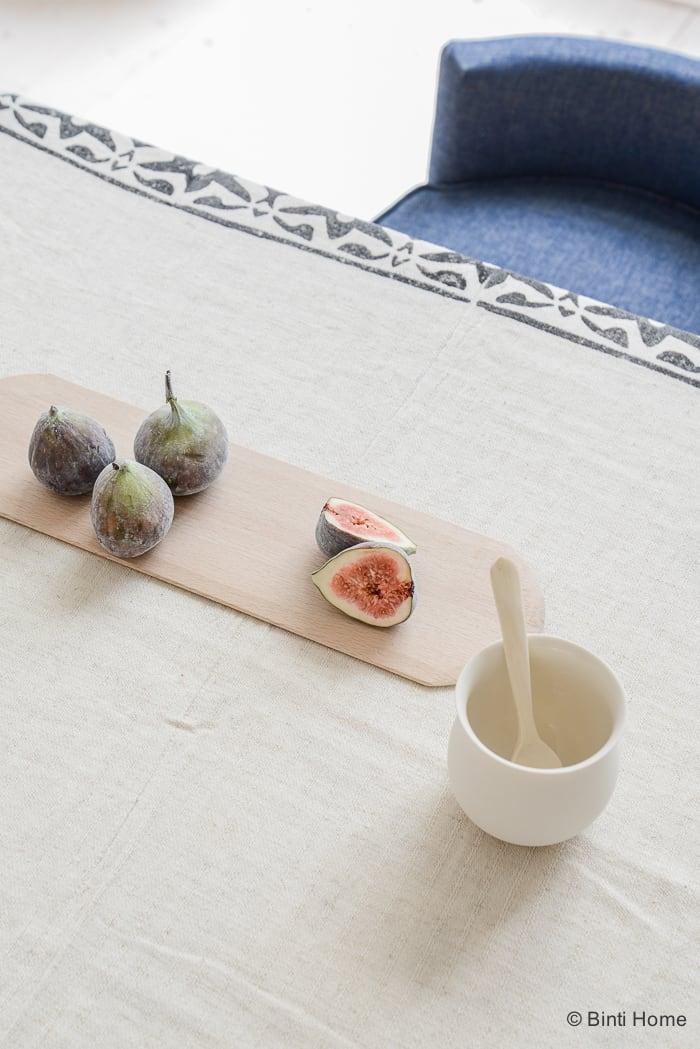 Simple table decoration Ramadan 2016 ©BintiHome