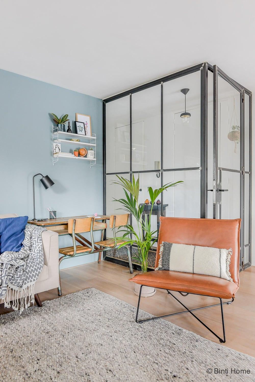 Woonkamer inrichten tips wand van metaal interieurontwerp woning Amsterdam ©BintiHome-8