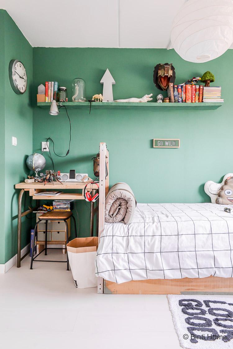 Groene muur in de jongenskamer ©BintiHome