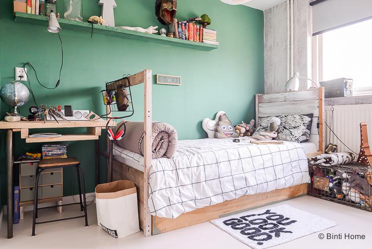 Groene muur in de jongenskamer met freek fonk inspiratie