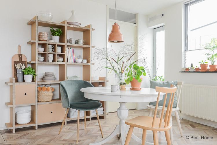 Ronde Eethoek Tafel : Interieurtrend ronde eettafel in de woonkamer staat gezellig
