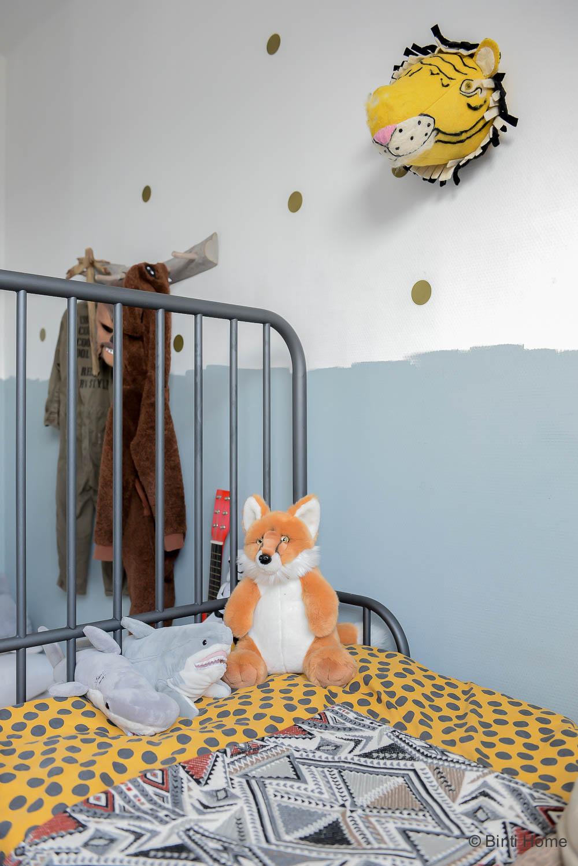 Stoere bohemian kinderkamer met dieren ©BintiHome
