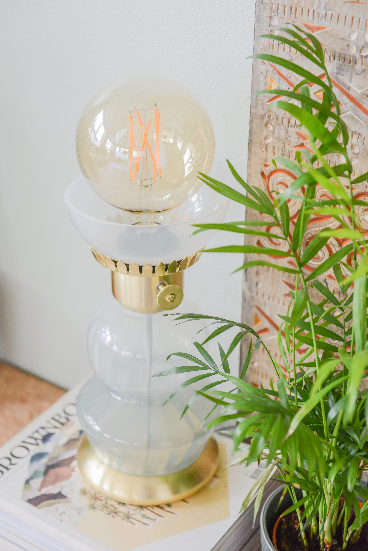Binti Tafellamp van glas en goud mintgroen WOWNbybintihome Kwantum close ©BintiHome