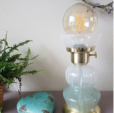 Wown by Binti Home tafellamp glas en goud WOWN Kwantum Instagram Hiluniek