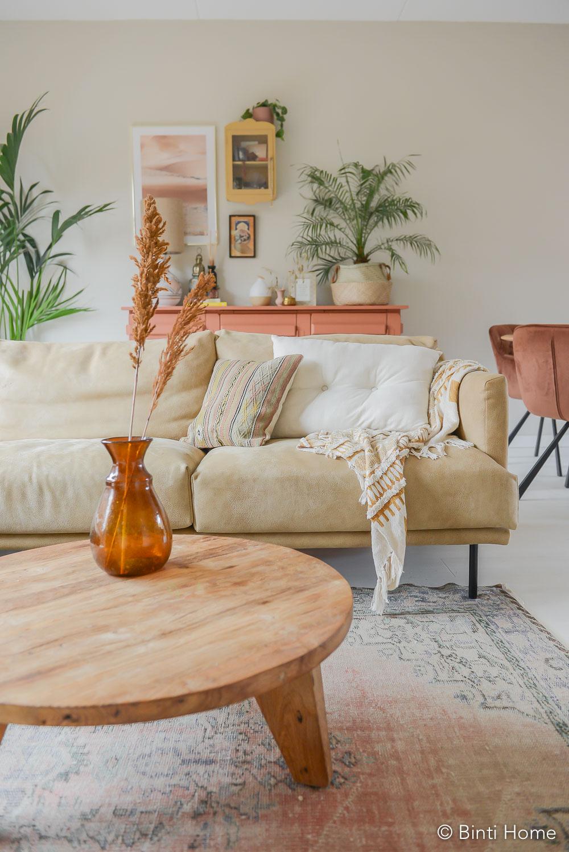 Zithoek stylen met trendkleuren Oktober woonmaand huis ©BintiHome-6